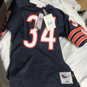 NWT! Mitchell & Ness Throwback '85 Payton jersey